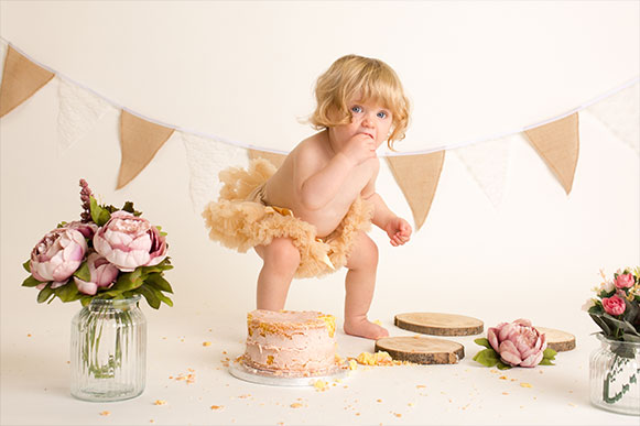 Cake-Smash-Photography-abingdon