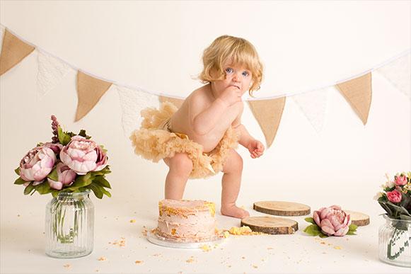 Cake-Smash-Photography-abingdon